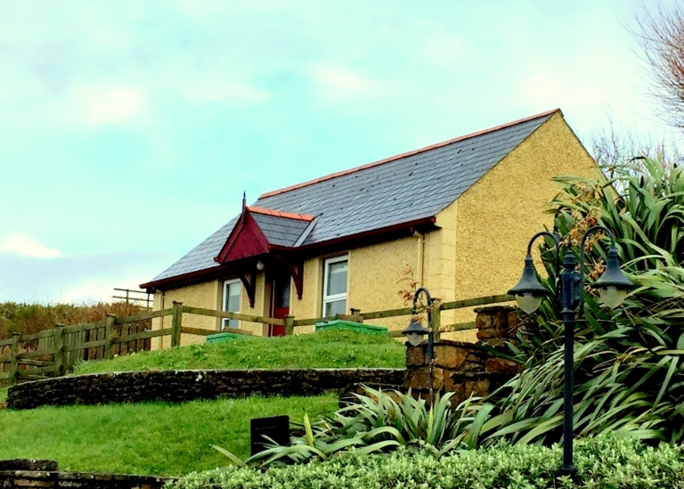 Smugglers Creek Inn Self CATERing Cottage Rossnowlagh Donegal
