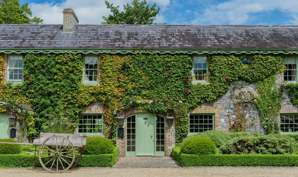 Cliff at Lyons Self Catering Cottages Celbridge Co. Kildare