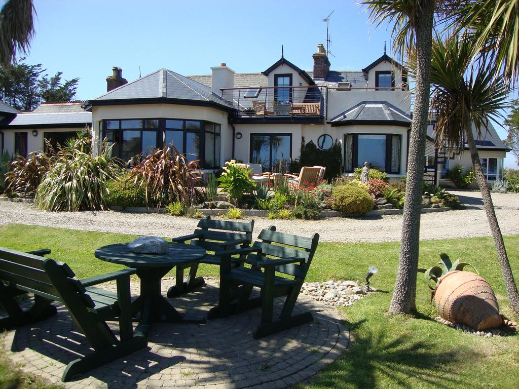 Clifford House B&B Guesthouse and Self Catering Accommodation Rosslare Wexford